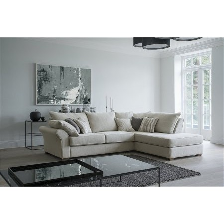 Collins And Hayes - Miller Chaise Sofa