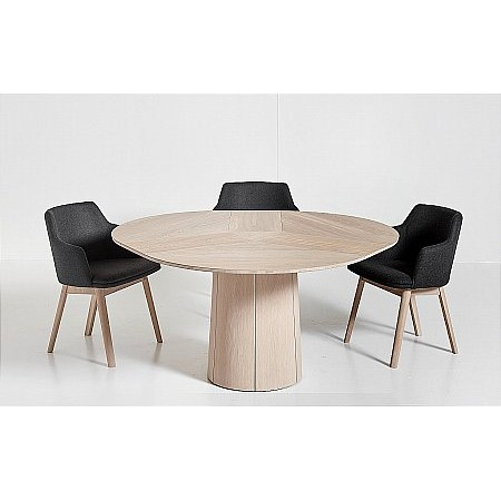 Skovby - SM33 Round Dining Table  plus SM65 Chairs